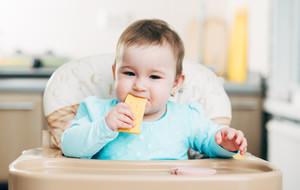 Une alimentation riche en fromage dès le plus jeune âge protégerait des allergies.