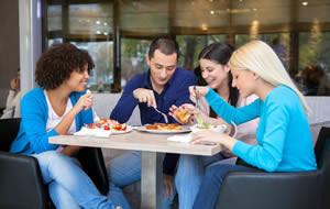 La contribution de la Restauration Hors Foyer (RHF) aux consommations alimentaires et apports nutritionnels