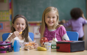 Collation matinale dans les écoles : ni systématique ni obligatoire